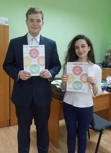 Вітаємо делегатів та офіційних членів Європейського Молодіжного Парламенту (ЕУР)