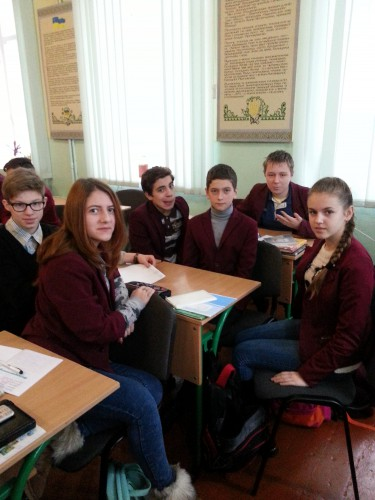 Дебати у 9-б класі