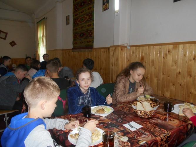 Екскурсія в Карпати