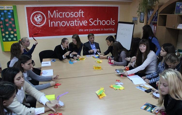 Дебати в 7(11)-Б класі: як раціонально використати Інтернет у навчальному процесі.