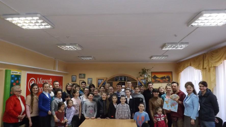 Зустріч гімназистів з Іваном Ониськом
