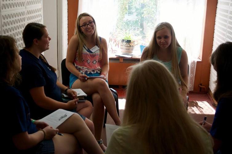 Рік англійської мови в Україні. Наші випускники.